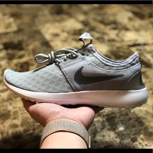 💥NEW💥WOMENS NIKE JUVENATE LACE UP SNEAKERS